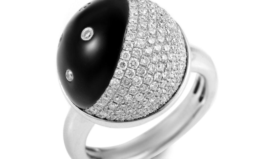Non Branded 18K White Gold Onyx & Diamond Ring R-14-021016