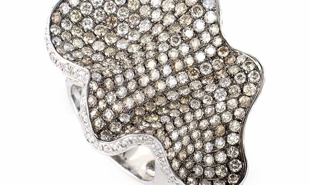 Non Branded Wavy 18K White Gold Multi Diamond Ring