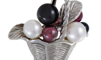 Van Cleef & Arpels Van Cleef & Arpels Womens 18K White Gold Pearl Tourmaline and Onyx Basket Pin