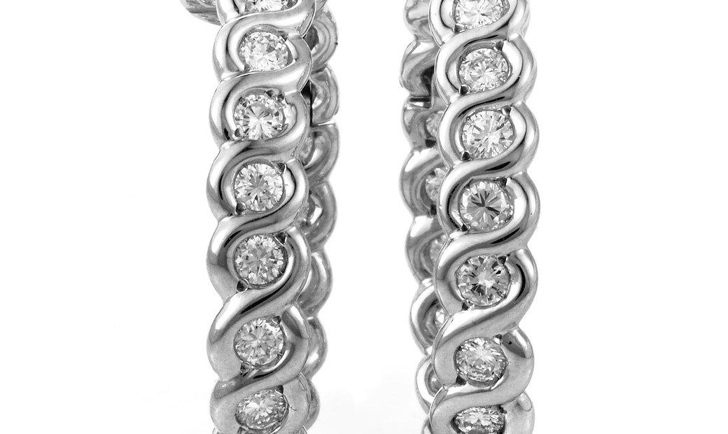 Van Cleef & Arpels Van Cleef & Arpels 18K White Gold Diamond Hoop Earrings