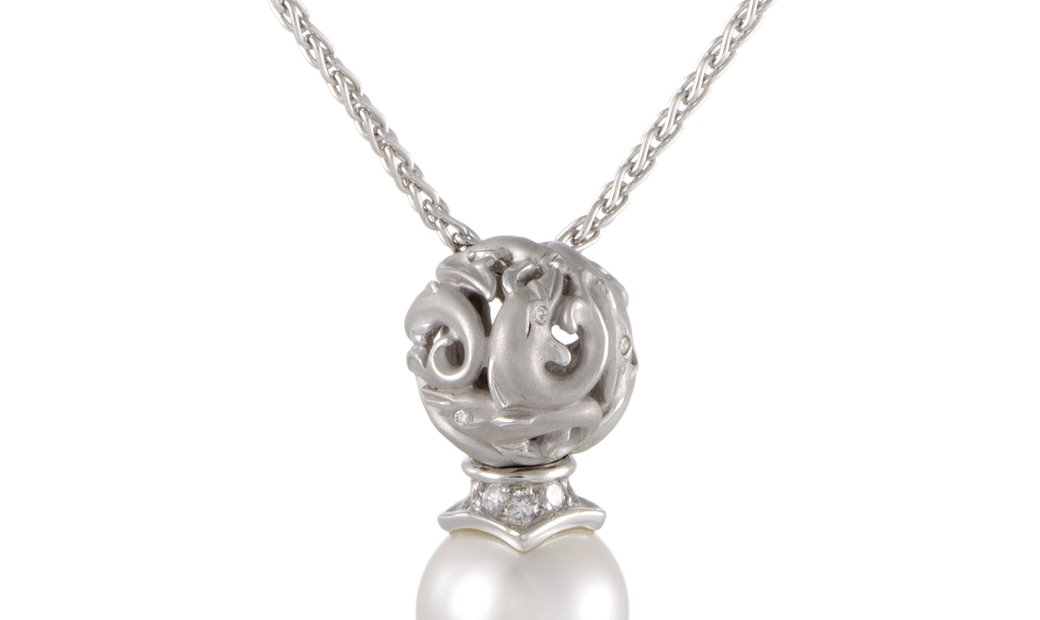 Carrera y Carrera Carrera y Carrera 18K White Gold Diamond and White Pearl Dolphin Pendant Necklace