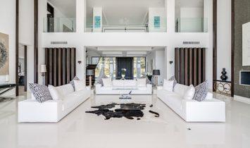 Villa in Benahavís, Andalusia, Spain 3