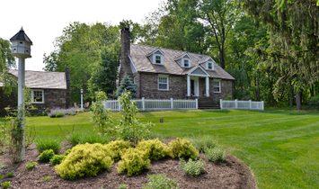 Experience History & Artistry At Stone Creek Farm   Delaware Township