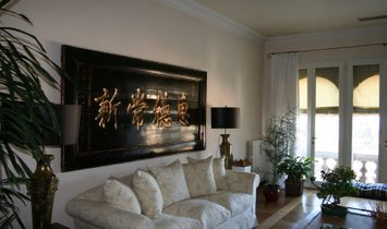 Wonderful Penthouse In Magnificent Villa Veneta