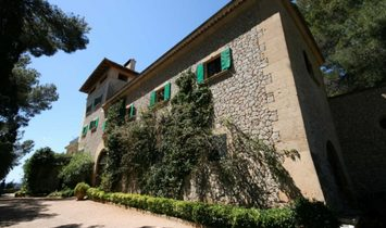 Manor House For  With Views Of The Bay Of Palma De Mallorca