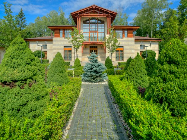 Chalet in Gorki-2, Moscow, Russia 1