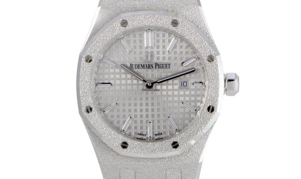 Audemars Piguet Royal Oak Frosted Gold Watch 67653BC.GG.1263BC.01