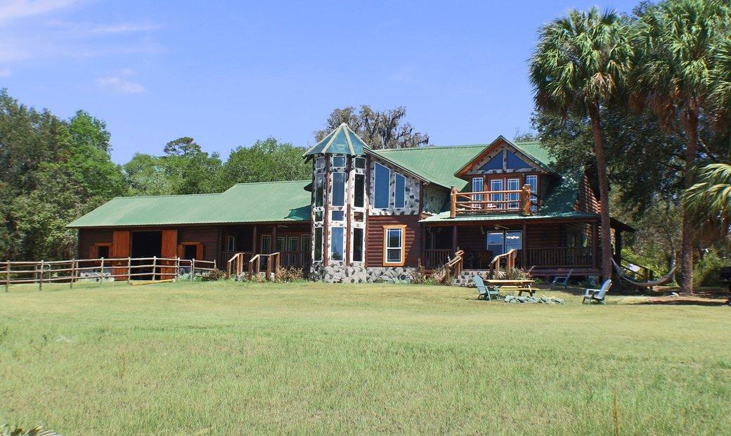 373 Acre Paradise