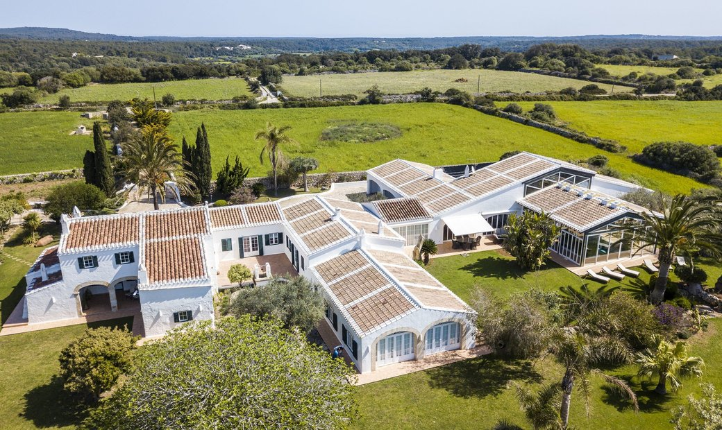 Unique Countryside Property With Panoramic Views