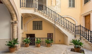 Luxury Apartments In The Old Town Of Palma