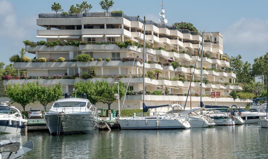 Unique Jewel In The Playa De Aro Marina
