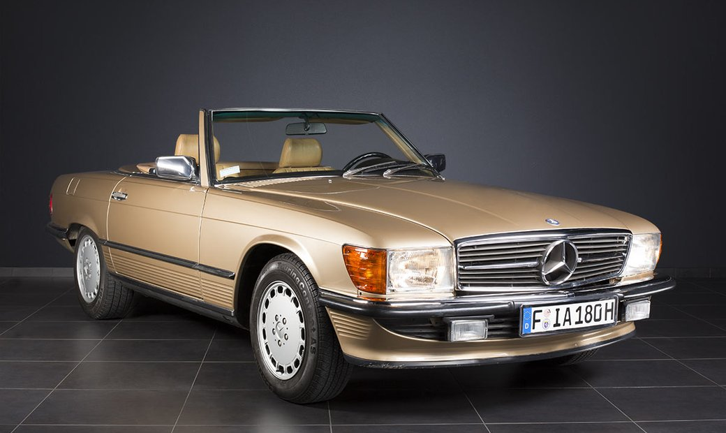 Mercedes-Benz 560 SL R107 from 1987