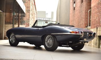 1961 Jaguar E-Type Series 1-3.8 Flat Floor Roadster