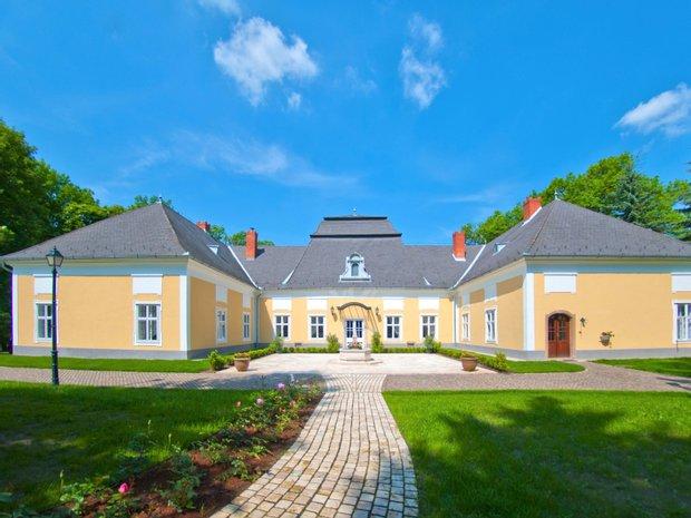Alsópetény, Hungary 1