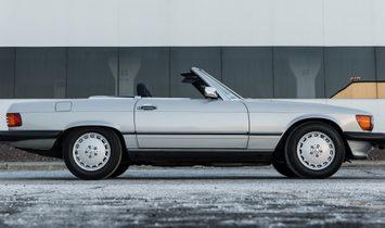 1989 Mercedes-Benz SL 560 rwd