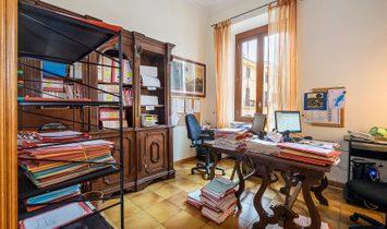 Apartment In Piazza Dell'unità