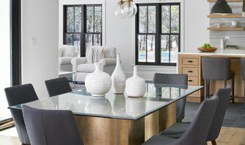 Exquisite Modern Farmhouse
