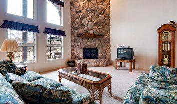 Custom Log Home On 3.40 Acres
