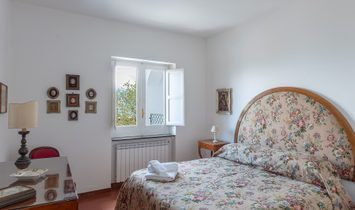 Panoramic Property In The Greenery In The Heart Of Sorrento