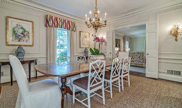 Fantastic Classic Kingswood Home