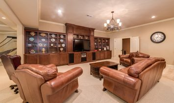 Exquisite Estate Home Perfectly Sited On A Flawless 1+/  Acre Lot