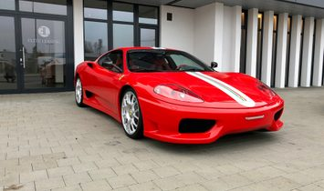 Challenge Stradale /only 4350km /Collector Car like new