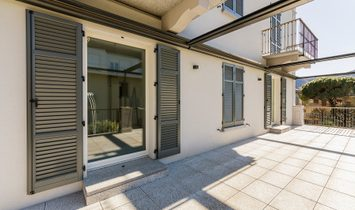 Elegant Apartment In Como Downtown