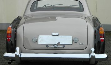 Bentley S3 Continental Flying Spur
