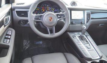 2018 Porsche Macan Base