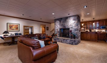 Beautiful Mansion Heights Home