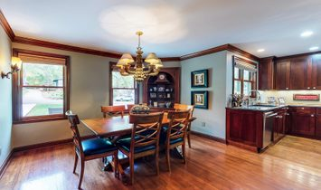 Stunning Blend Of Old World Charm & Modern Amenities In Coveted Interlachen Park