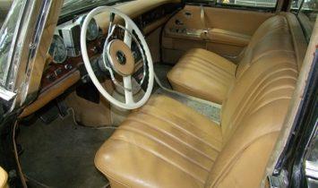 Mercedes-Benz 600 Pullman 4 door Rare, project car