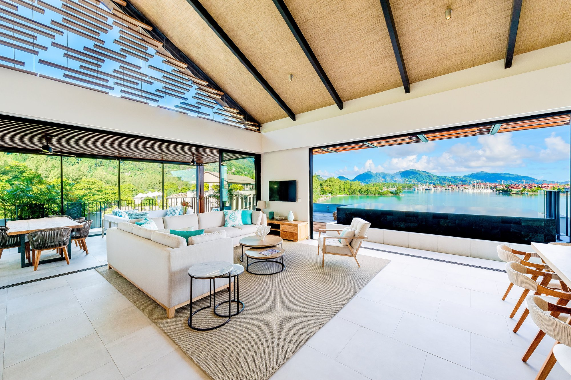 Penthouse in Seychelles 1
