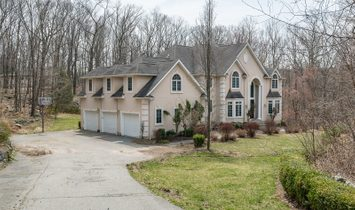 5 Bedrooms Single Family Attached