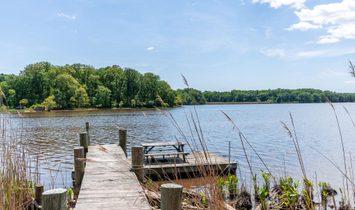 320 Pond Creek Ln