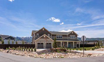 Big East Creek Home With Big Park City Views