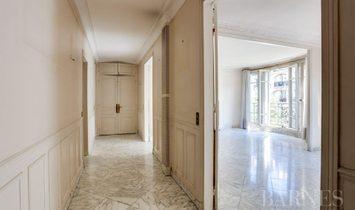 Sale - Apartment Paris 15th (Grenelle)