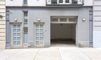 Unique Chelsea Townhouse With Garage