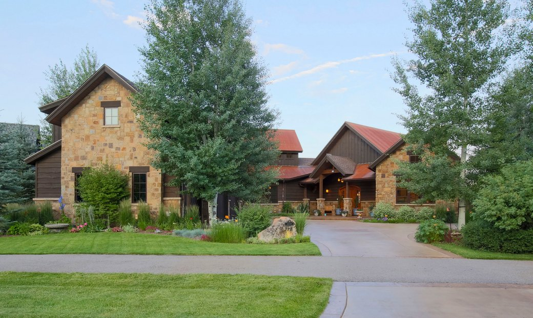 Stunning River Valley Ranch Home