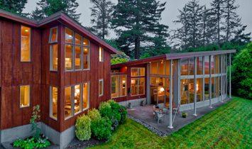 House in Long Beach, Washington, United States