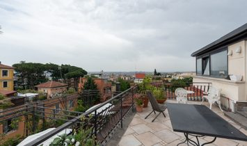 Charming Penthouse With Terraces In A Liberty Villa