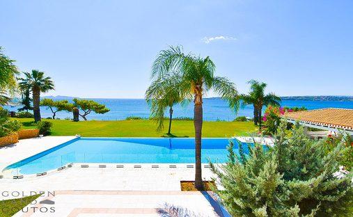 Villa in Porto Cheli, Greece