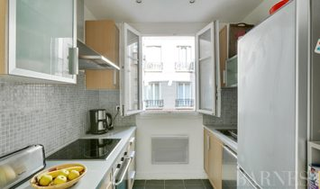 Apartment in(at) Paris 15th