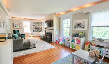 Colonial On Coveted Greenough