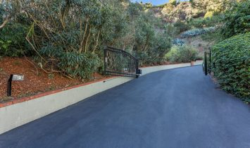 1740 Stone Canyon Road