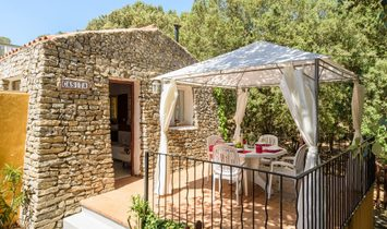 Country Property In A Tranquil Rustic Setting Near Es Mercadal