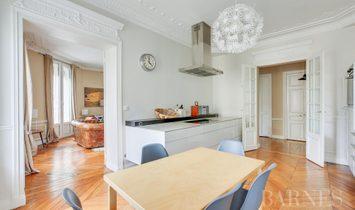 Sale - Apartment Paris 5th (Sorbonne)