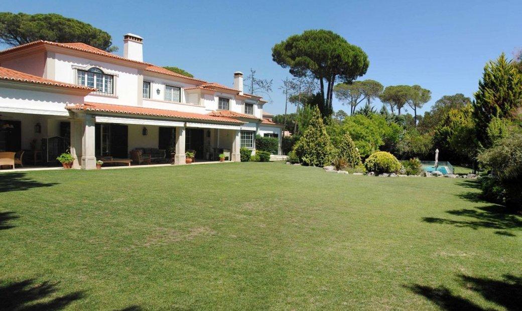 Estoril. Beautiful property close to the golf course