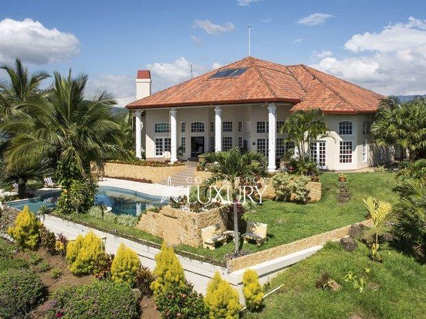 Villa in Grecia, Guanacaste Province, Costa Rica 1