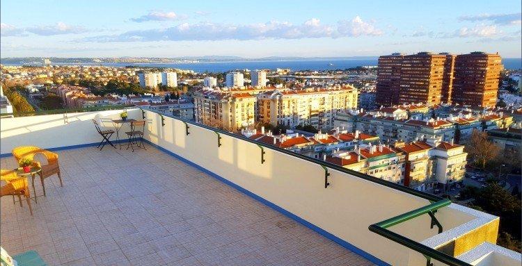 Apartment in Oeiras, Lisboa, Portugal 1